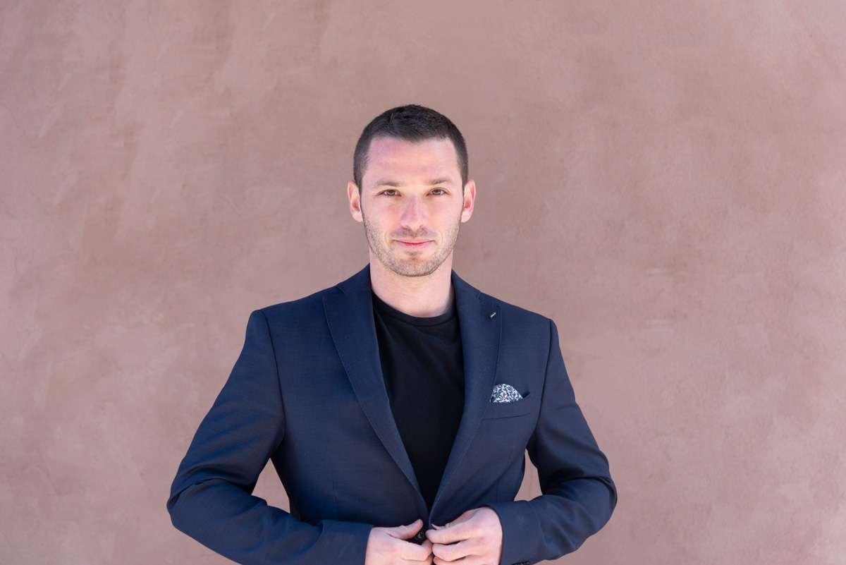 Business headshots Las Vegas Photographer